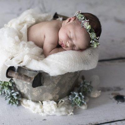Fotografo Neonati Montale e Fotografo Newborn Montale